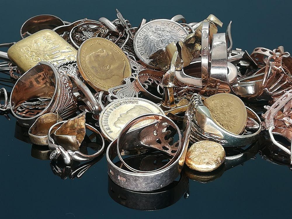 prekyba aukso ir sidabro pasirinkimo sandoriais)