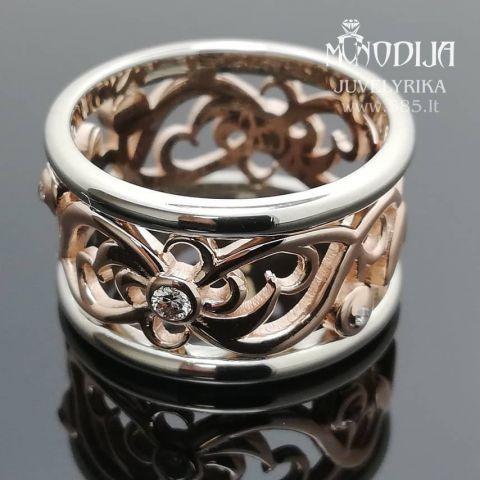 Ornamentinis žiedas puoštas briliantais. Svoris 9g, briliantai po 0.04ct, 0.01ct